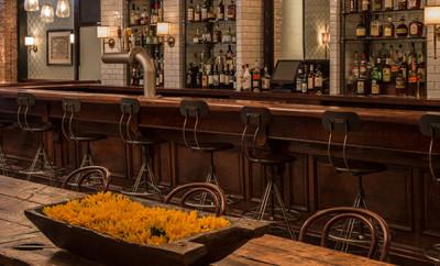 1200 Miles Restaurant & Bar